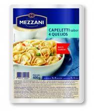 Massa fresca Capeletti sabor 4 queijos Mezzani 400g